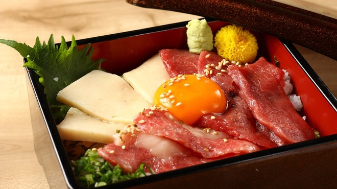 桜肉寿司と飛騨牛もつ鍋 TATE-GAMI - メイン写真: