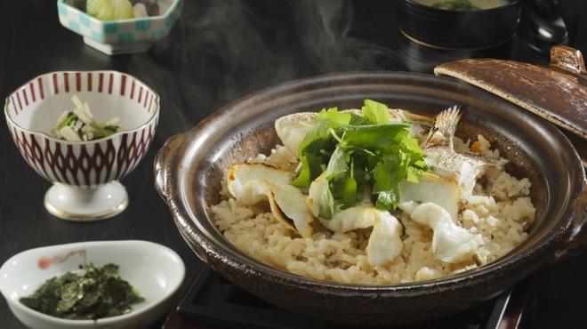 銀座 遠音近音 - 料理写真:土鍋鯛めし