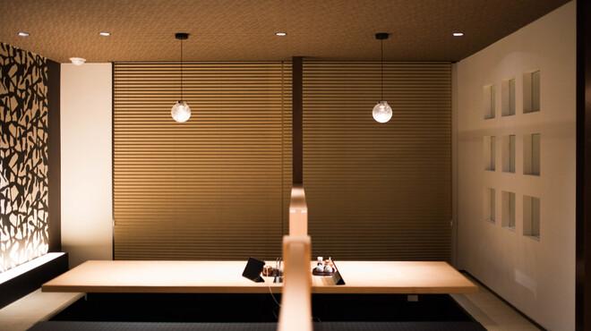 とんかつ・天ぷら 華な美 - メイン写真: