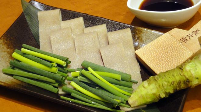 あじめん - 料理写真:日本酒との相性バツグン!【蕎麦刺し】