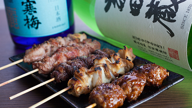 彩波 - メイン写真:上州豚の串焼5本盛り合わせ