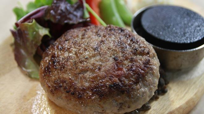 梅田肉料理 きゅうろく - 料理写真:黒毛和牛ハンバーグ