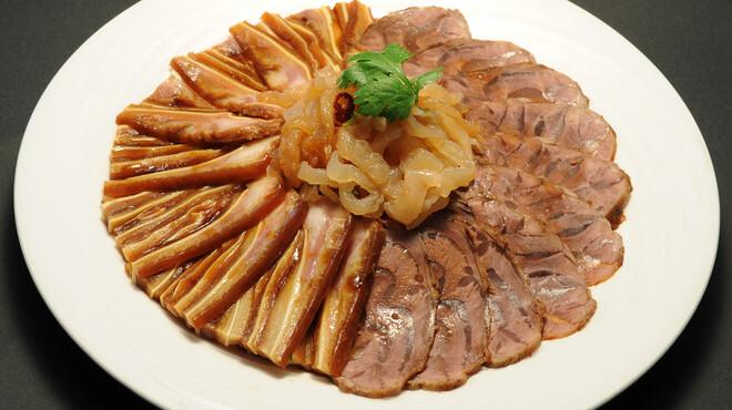 永利 - 料理写真:前菜盛り合わせ