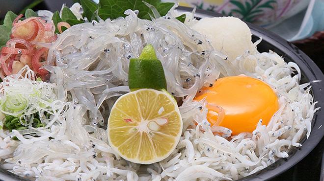 サンライズ食堂 - 料理写真:【季節限定】Wしらす丼