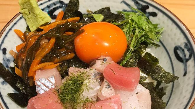 魚屋スタンドふじ子 - メイン写真: