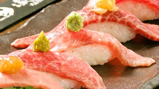 焼肉 炙屋武蔵 - メイン写真: