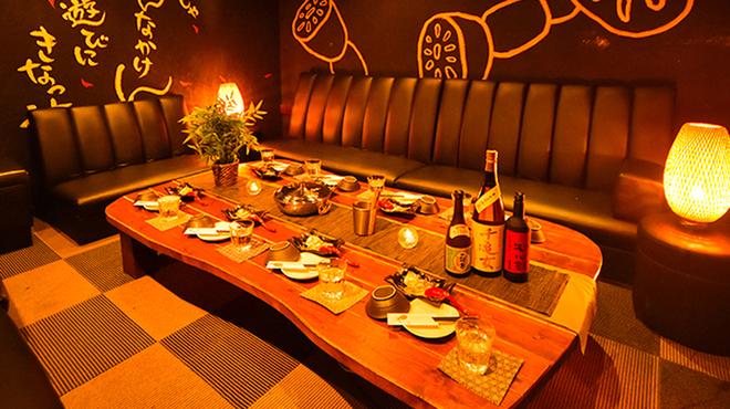 個室で味わう特選しゃぶしゃぶ とこ豚 - メイン写真: