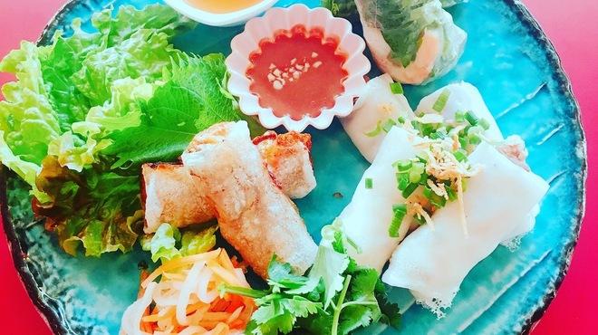 ベトナム屋台 タンザン - メイン写真: