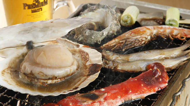 北海番屋 - 料理写真:【※現在中止 再開未定】海鮮網焼き お好みの食材をテ-ブルで焼きながらお召し上がり下さい。