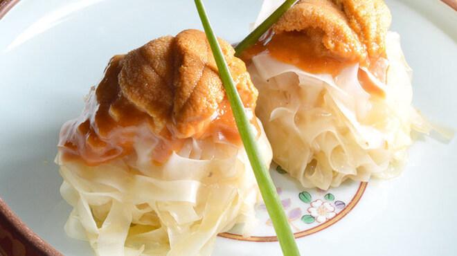 十番右京 - 料理写真:ウニシュウマイ
