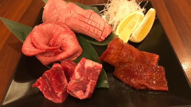焼肉 門庭 - メイン写真: