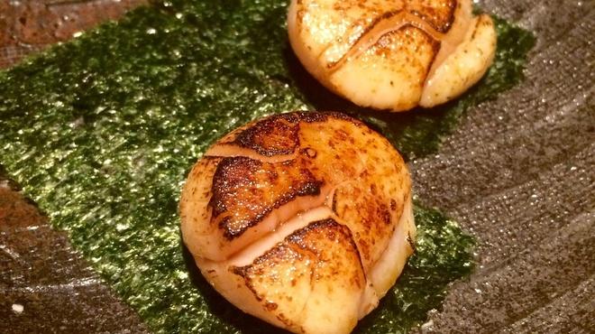 恵手得亭 - 料理写真:大粒帆立の磯辺焼き