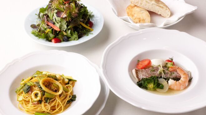ジャッジョーロ銀座 - 料理写真:ある日のランチコース