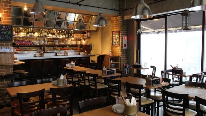 船橋ワイン食堂 862 - メイン写真:
