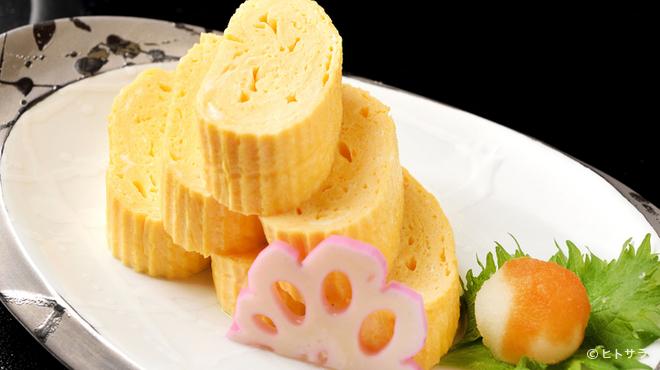 伊くま - 料理写真:丁寧に引いた出汁の旨みがしっかりと響く『出汁巻き玉子』