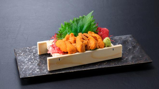浜焼き しんちゃん - 料理写真:生雲丹   1280円