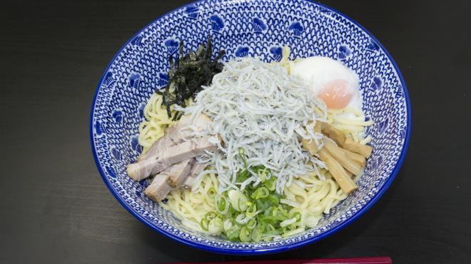 RYOMA本店 - 料理写真:全部の油そば
