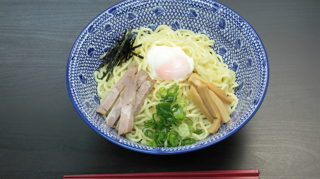RYOMA本店 - 料理写真:温玉油そば