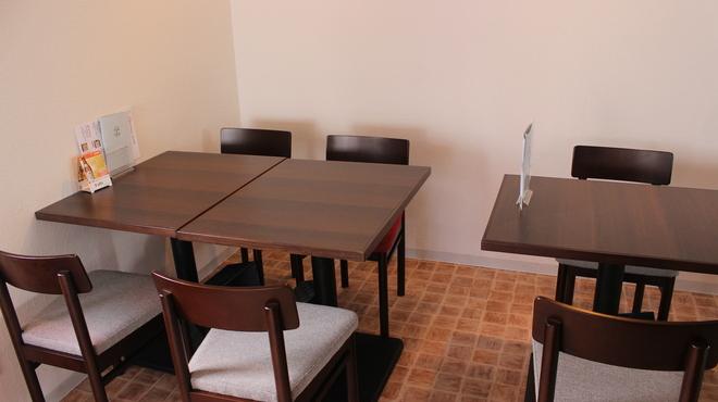 BISTRO FUN D TABLE - メイン写真: