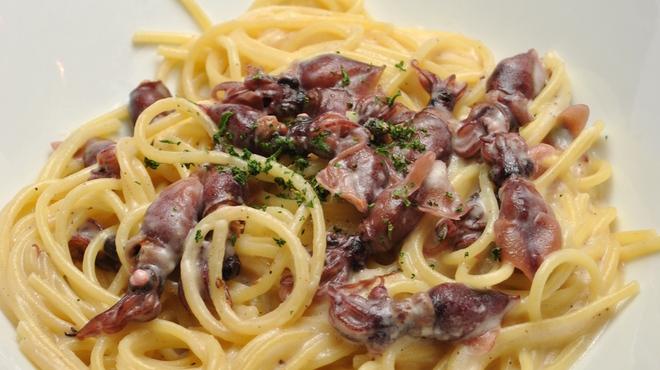 ランチ&バー 花菜 - 料理写真:ホタルイカのクリームソース