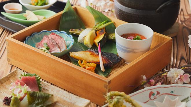 新潟 食楽園 - 料理写真: