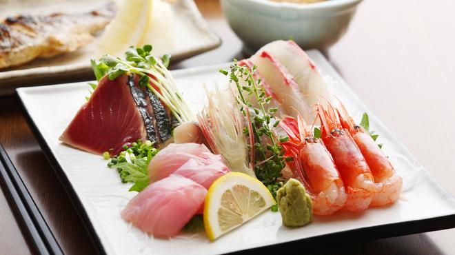 おいしい魚を食べさせる店 魚可津 - 料理写真: