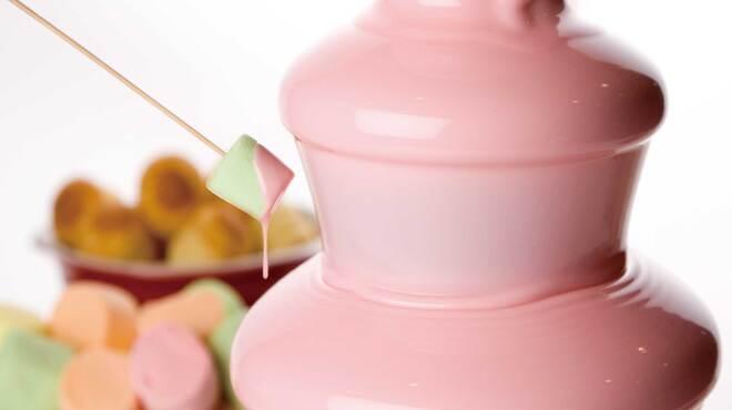 アトランティック - 料理写真:苺のチョコレートファウンテン。春限定のデザートです!