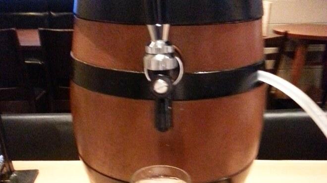 和飲。ほの字 - ドリンク写真:名物樽詰スパークリングワイン!