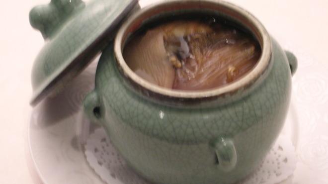 老香港酒家京都 - 料理写真:ブッダジャンピングスープ