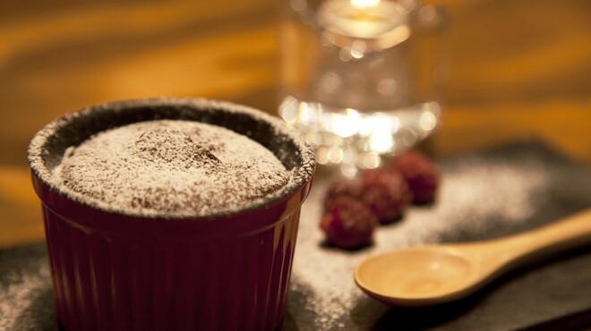 CAFE and BAR poco - メイン写真: