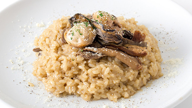 ガンボ&オイスターバー - 料理写真:牡蠣とポルチーニ茸のクリームリゾット