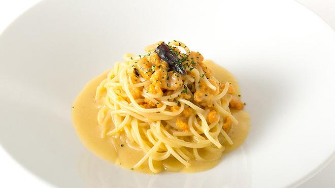 ガンボ&オイスターバー - 料理写真:ウニのペペロンチーノ