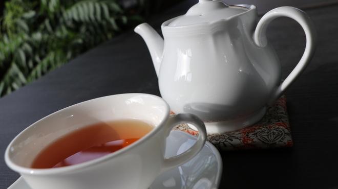 アーユルヴェーダ・カフェ ディデアン - ドリンク写真:スリランカ  ウヴァ  Halpe社の紅茶