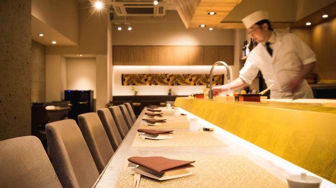 プレミアムレストラン 東京 金のダイニング 鮪金 - メイン写真: