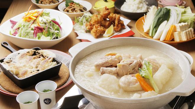 もつ鍋・水炊き 博多若杉 - 料理写真:博多水炊き3000円コース