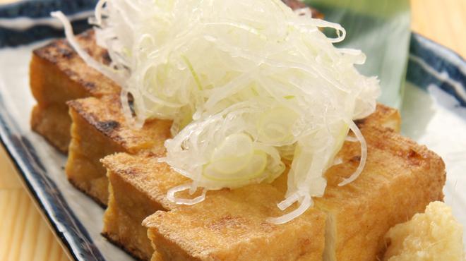 もつ焼のんき - 料理写真:生厚揚げ豆腐!こちらも人気の商品です!
