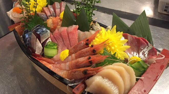 やまよこ鮮魚店 - 料理写真: