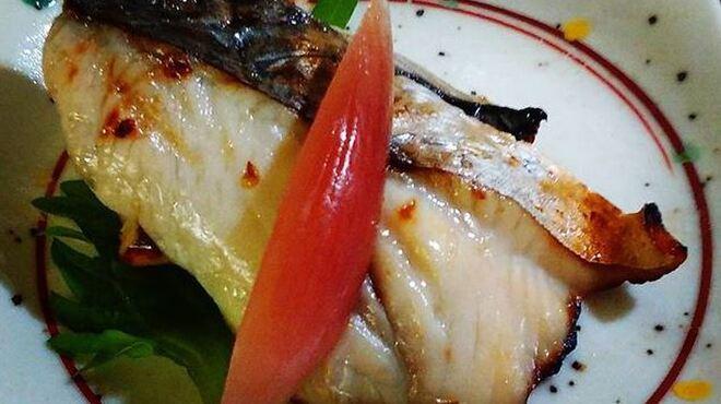魚と燻製の店 さんばんや - メイン写真:
