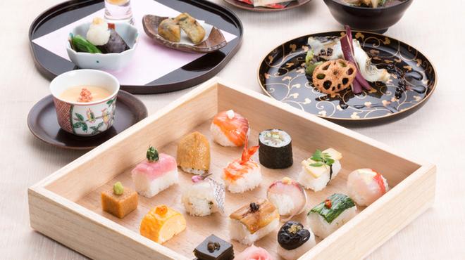 京都ぎをん 八咫 - 料理写真:豆すしコース