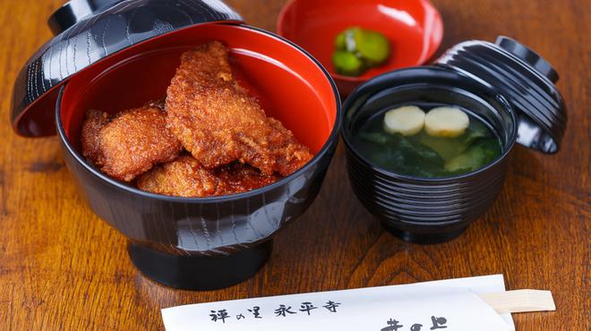 井の上 - 料理写真:ソースカツ丼