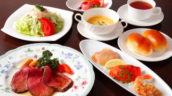 サラダの店サンチョ - 料理写真:チョイスコース:メイン料理を1品チョイスする、お気軽なチョイスコース料理です。