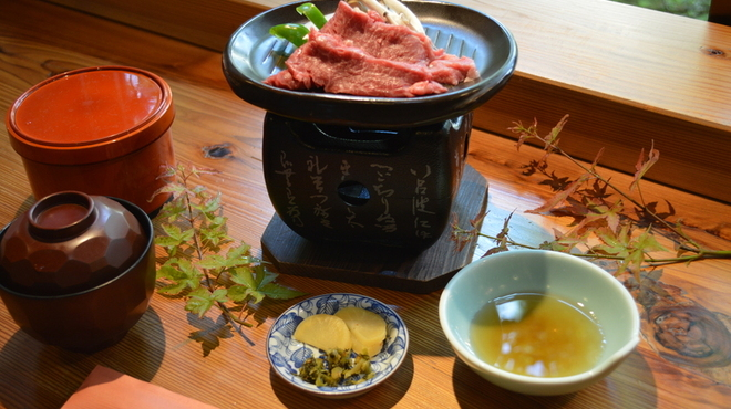松燈庵 - 料理写真:松阪牛陶板焼き御膳