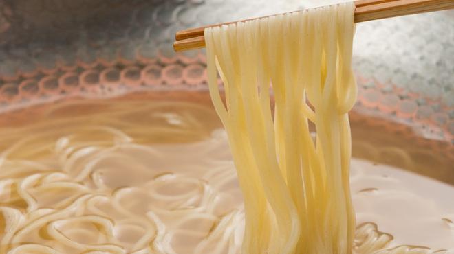 別邸 豚道泉 - 料理写真:締めの特製ラーメン