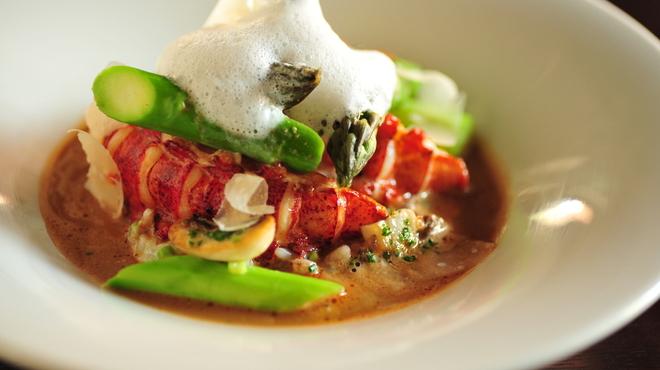 Les deux - 料理写真:オマール海老のソテー、リゾット仕立て