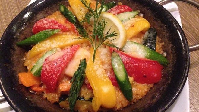 ラ・ベットラ・ダ・ジータ - 料理写真:【今月のオススメ!】野菜のパエリア風リゾット