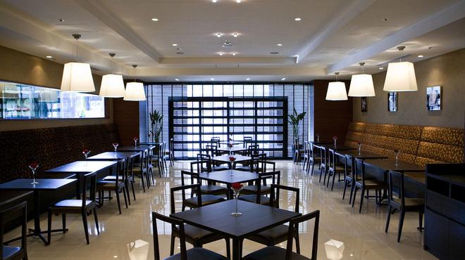 Cafe& Restaurant OASIS - メイン写真: