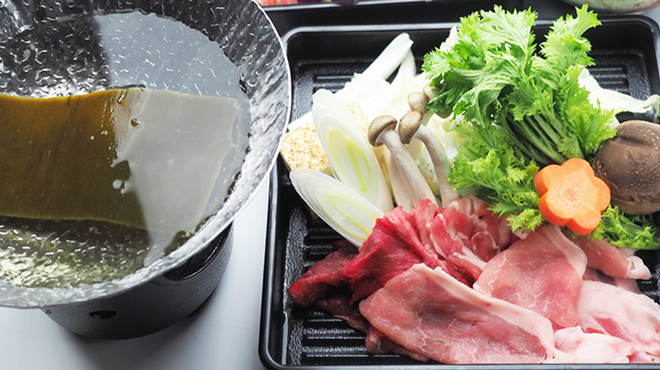 しゃぶしゃぶ&食べ放題 鍋道楽 - メイン写真: