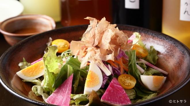 淡路島ええとこどり - 料理写真:ええとこどりサラダ