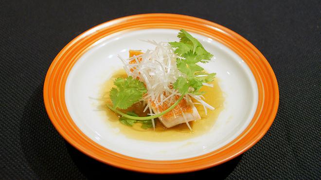 メゾン・ド・ユーロン - 料理写真:本日の鮮魚の蒸し物