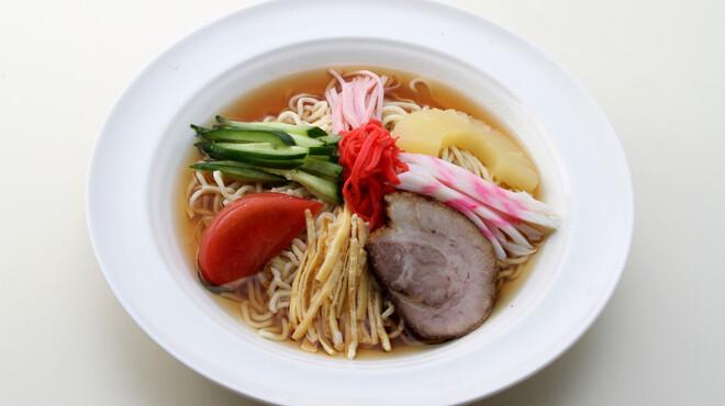 ラーメン 八海山 - 料理写真:夏季限定 冷やし中華 900円